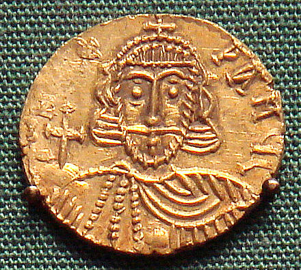 A Leo III base gold solidus, minted in Rome. Leo III base gold solidus minted in Rome.jpg