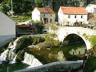 Bistrica (Livanjsko Polje) - Image: Livno, mlyn na vyveracce reky Bistrice