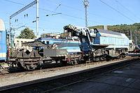 Lokomotivní depo Praha-Vršovice, kolejový jeřáb (1).jpg