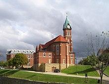 Loras College - Wikipedia