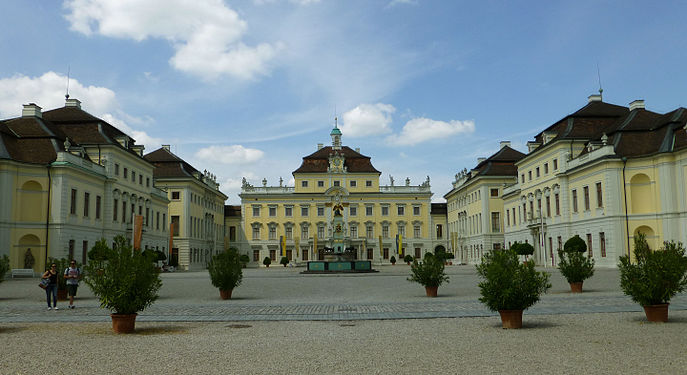 schloss ludwigsburg wikimedia commons. Black Bedroom Furniture Sets. Home Design Ideas