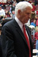 Lute Olson 2007 vs Stanford.jpg