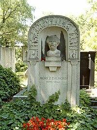 Móricz Zsigmond sírja.jpg