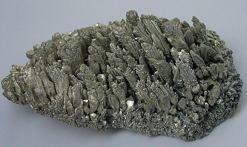 File:Magnesium crystals.jpg