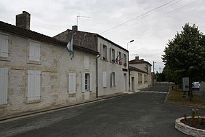 Authon-Ébéon - The Town Hall