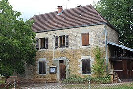 Mairie Chateley 3.jpg