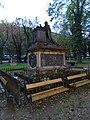 Malostranský hřbitov, náhrobek Thun-Hohensteina.jpg