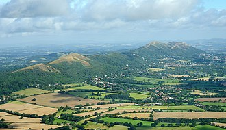 Malvern Hills - Malvern Hills, looking northwest. Upper Welland is visible in the foreground.