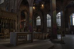 Manchester cathedral interior game controversy.jpg