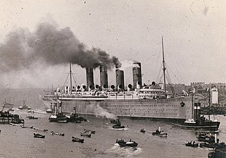 RMS Mauretania (1906) - Mauretania on 17 September 1907 approaching the mouth of the River Tyne and the open sea