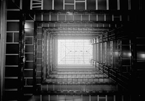Metropolitan Building (Minneapolis) - A view up to the skylight