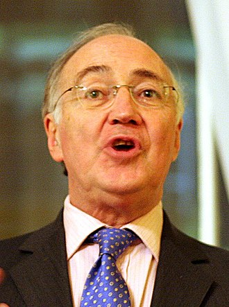 European Parliament election, 2004 (United Kingdom) - Image: Michael Howard (cropped)