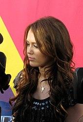 170px-Miley_Cyrus_2008_MTV_VMA