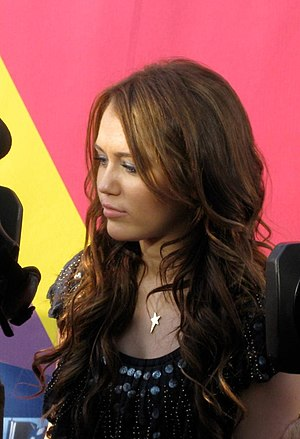 Miley Cyrus - Cyrus at the 2008 MTV Video Music Awards