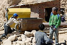Bolivia-Economy-Miners at Work Potosi (pixinn.net)