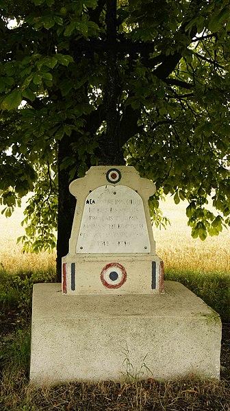 Monument aux morts de la Première Guerre mondiale à Sommepy.