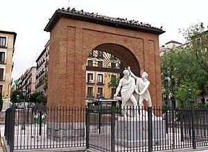 Pedro Velarde y Santillán - Monument to Daoíz and Velarde, Plaza del Dos de Mayo, Madrid