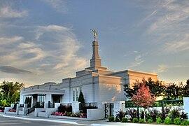 Mormon Temple Edmonton Alberta Canada 01.jpg