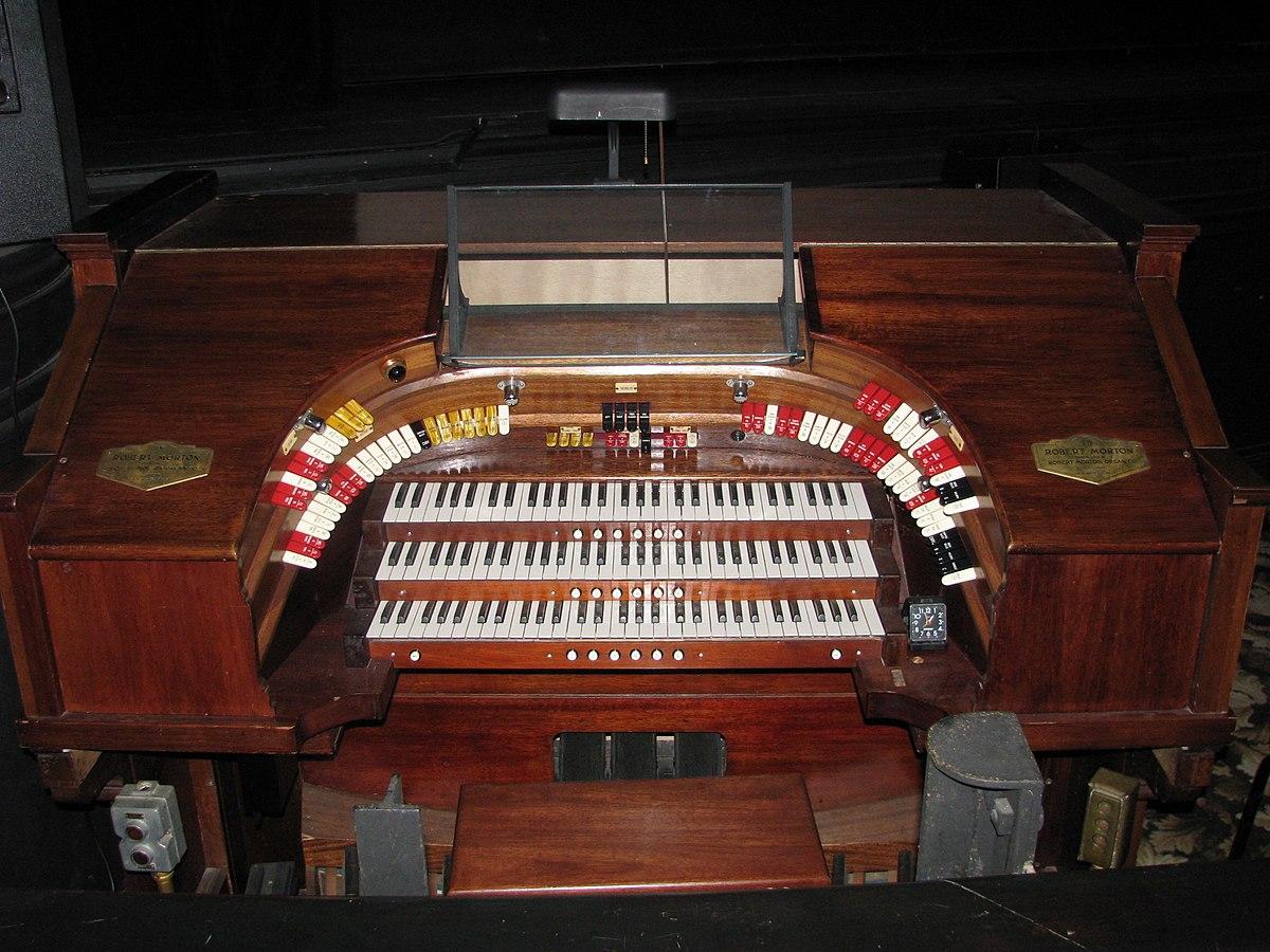 Robert morton organ company wikipedia for Sander s motor co beaumont tx
