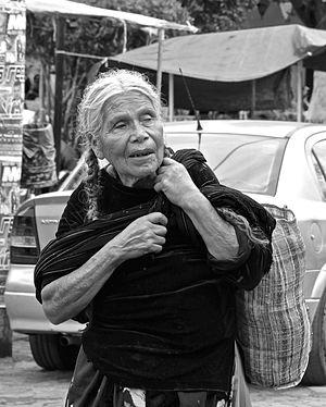 Rebozo - Woman wearing rebozo in Capula, Michoacán
