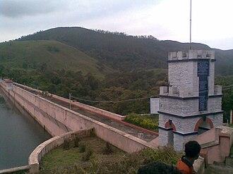 Mullaperiyar Dam - Image: Mullapperiyardam