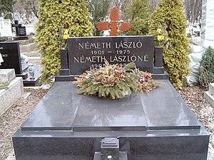 László Németh - Németh's grave in Farkasréti Cemetery, Budapest