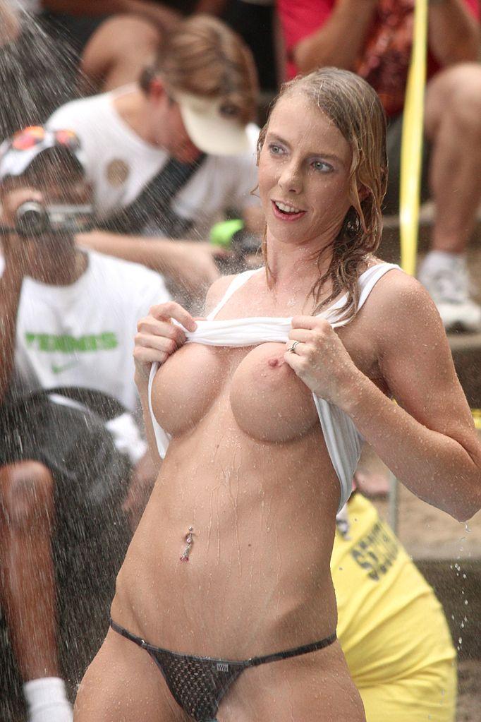 wet contest shirt Club t