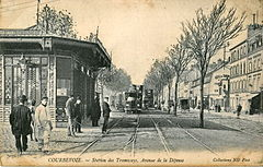 ND 78 - COURBEVOIE - Station des Tramways, Avenue de la Défense.JPG