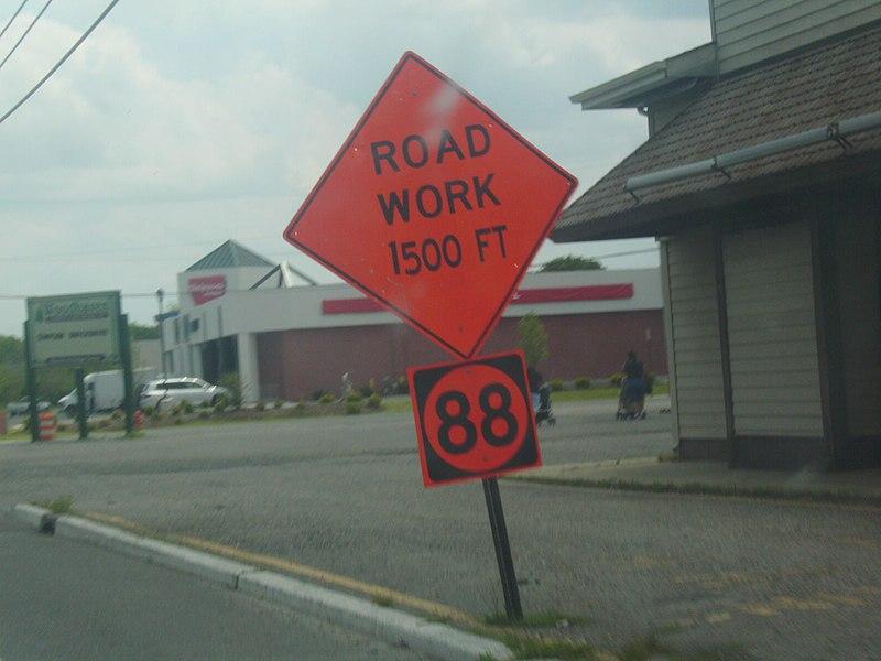 File:NJ 88 construction sign.jpg
