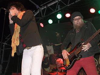 Progg - Bassplayer Nikke Ström of Nationalteatern and singer Mattias Hellberg performing live in 2007