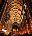 Nef centrale de la cathédrale de Strasbourg.jpg