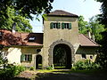 Neues Schloss Steinach - Haupttor.JPG