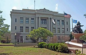 Das Noble County Courthouse in Perry, seit 1984 im NRHP gelistet[1]