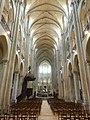 Noyon (60), cathédrale Notre-Dame, nef, vue vers l'est 5.jpg