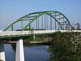Juliana Canal - Ohé en Laak, bridge across Juliana Canal