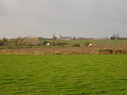 Oost-Cappel - Village and church.jpg