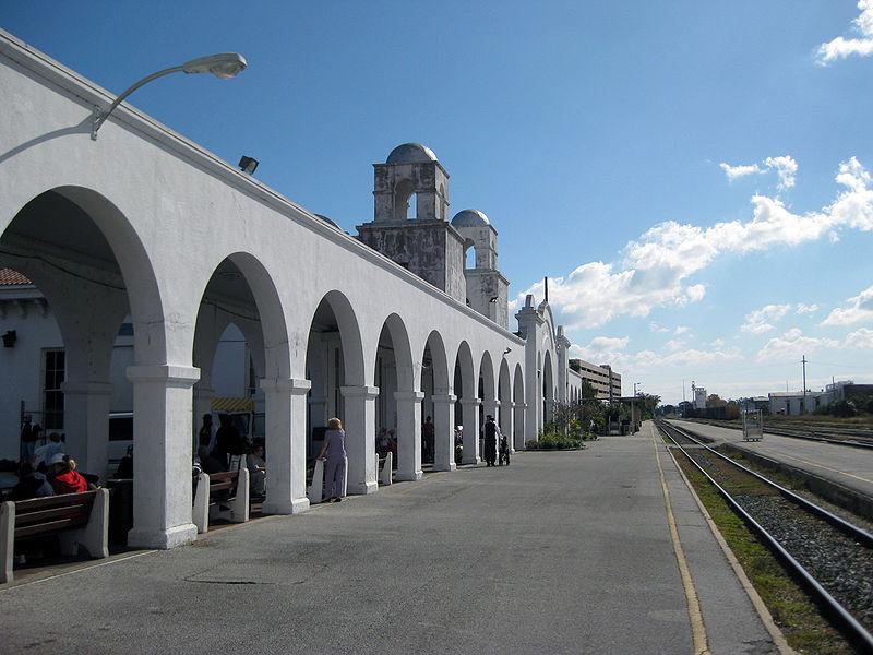 Orlando Amtrak Station Platform.JPG