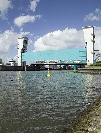 Krimpen aan den IJssel - Flood barrier in the Hollandse IJssel