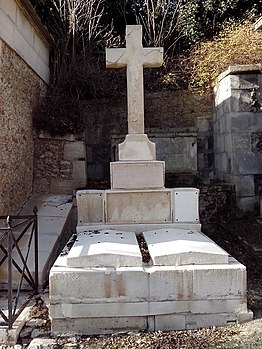 Père-Lachaise - Division 37 - Bourgoing 02.jpg