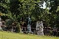 Père-Lachaise - Division 4 - arbre déraciné 09.jpg