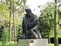 PL Chopin monument in Zelazowa Wola 05.JPG
