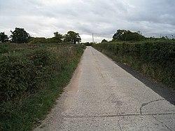 Paved farm track - geograph.org.uk - 1733519.jpg
