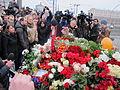 People came to the side of Boris Nemtsov's murder (2015-02-28; 45).JPG