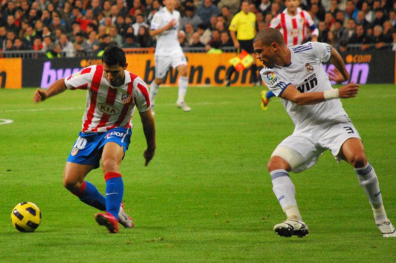 Archivo:Pepe y aguero.jpg