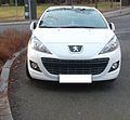 Peugeot 207 CC white front.jpg
