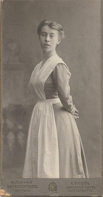 Bronislava Nijinska - Nijinska, graduation picture, 1908