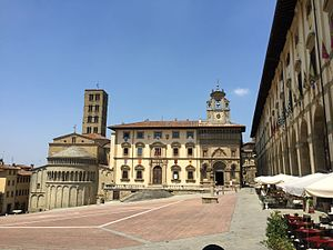 Arezzo - Piazza Grande; from left: Santa Maria della Pieve, the old Tribunal Palace and the Lay Fraternity