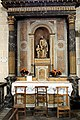 Pierrefonds, church Saint-Sulpice, altar in the northern aisle.JPG