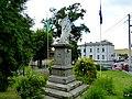 Pomnik przed kościołem - panoramio (4).jpg
