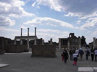 Pompeii forum columns.jpg